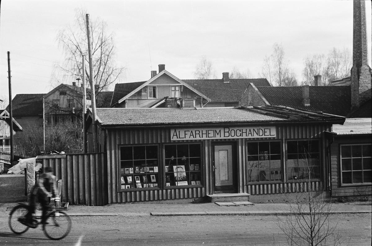 Krigsprovisorie. Leiret, Elverum. Alfarheim Boghandel.