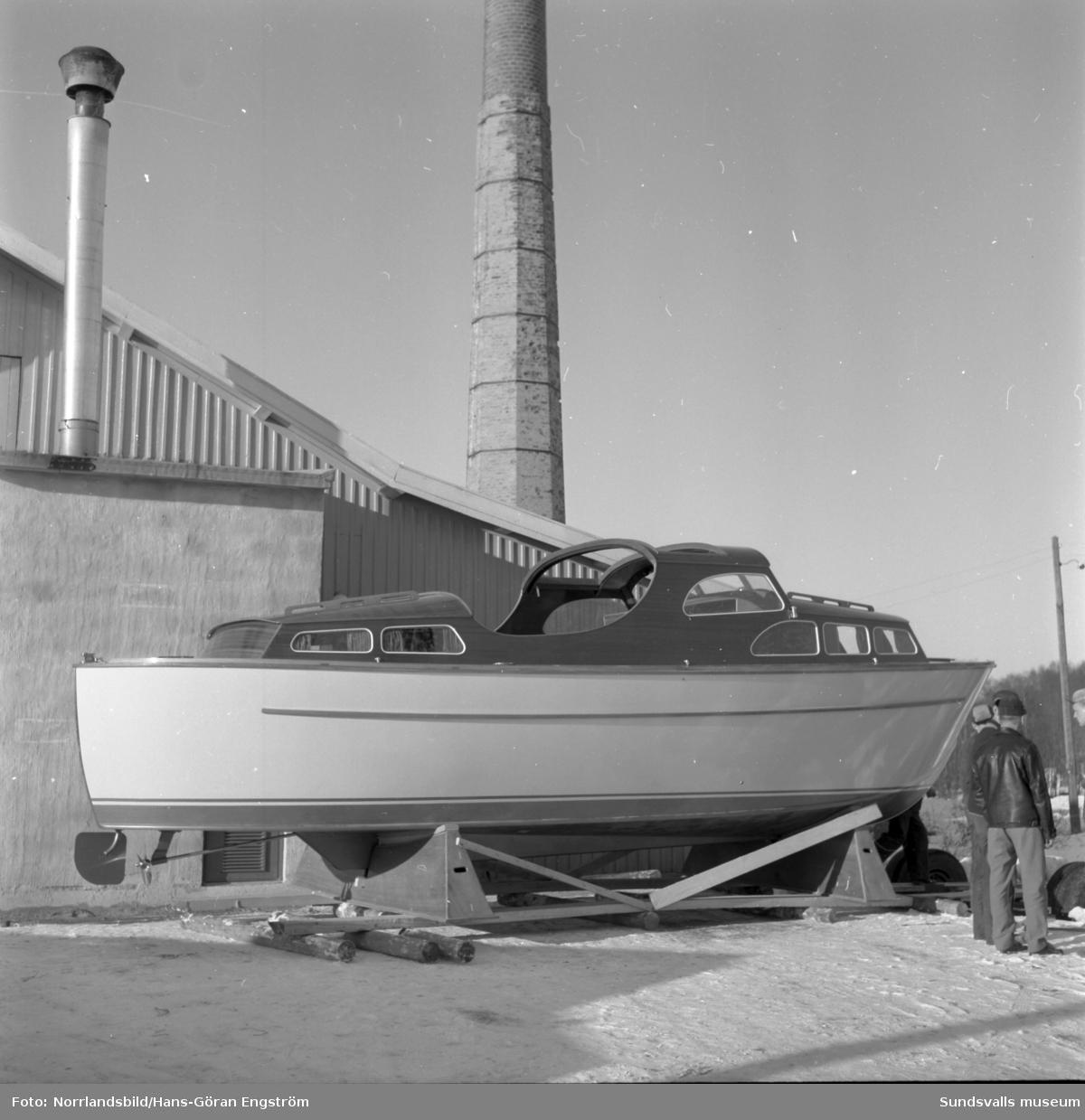 En Clipper II på väg till en utställning i Stockholm.