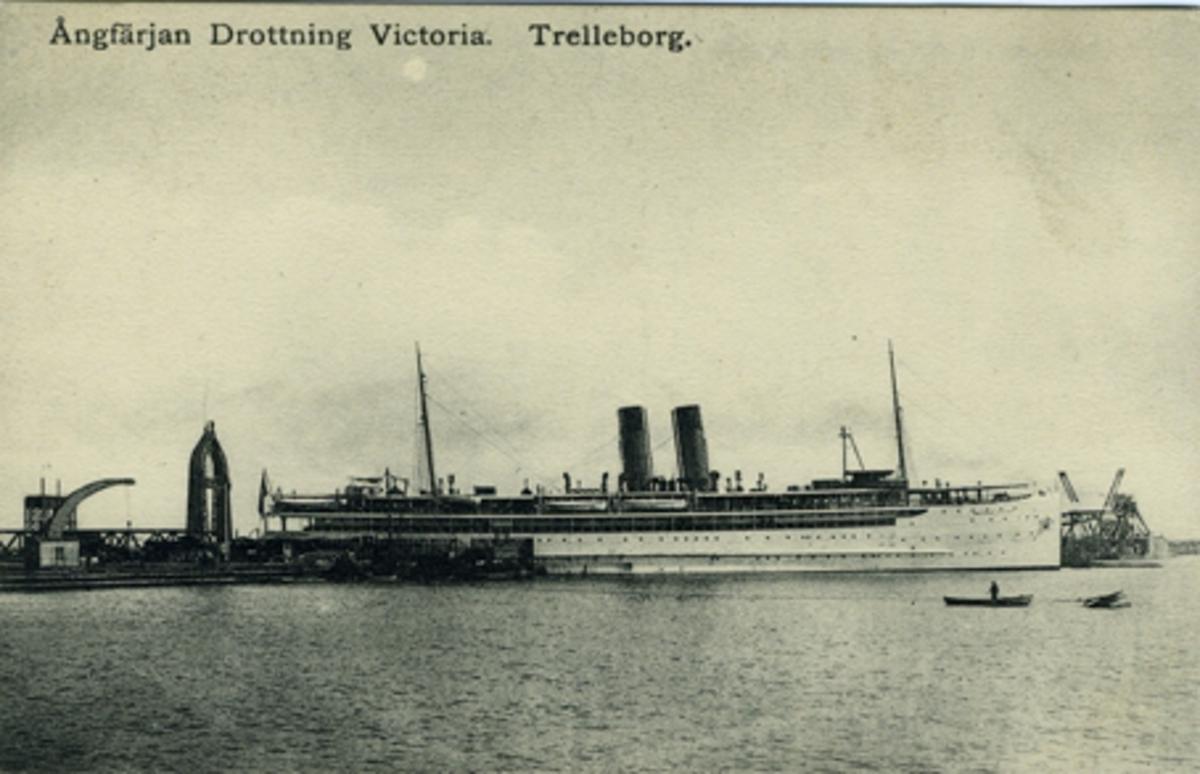 Ångfärjan Drottning Victoria. Trelleborg Foto & förlag: Lorentz K. Larsson, Lund.