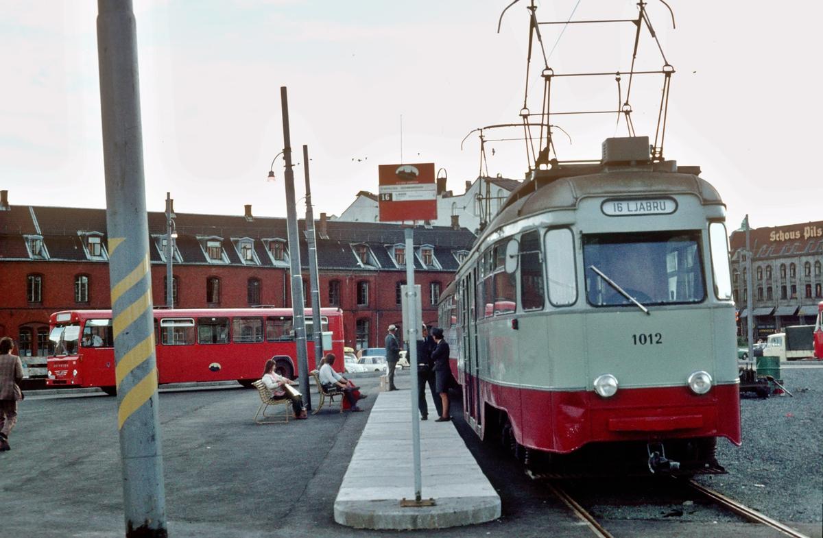 Ekebergbanen, Oslo Sporveier. Vogn 1012. Midlertidig endesløyfe ved Oslo Ø.
