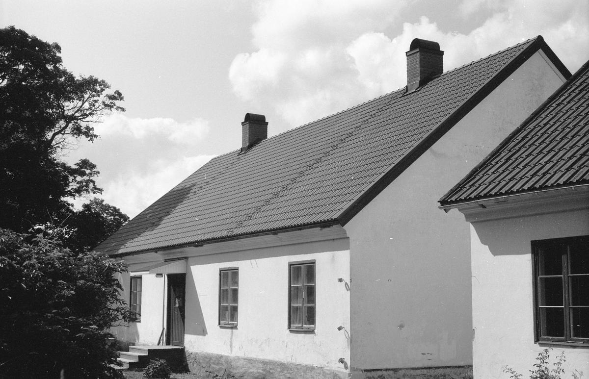 Bostadshus, före detta arbetarbostad, Vällnora bruk, Knutby-Åsby 1:19, Vällnora, Knutby socken, Uppland 1987