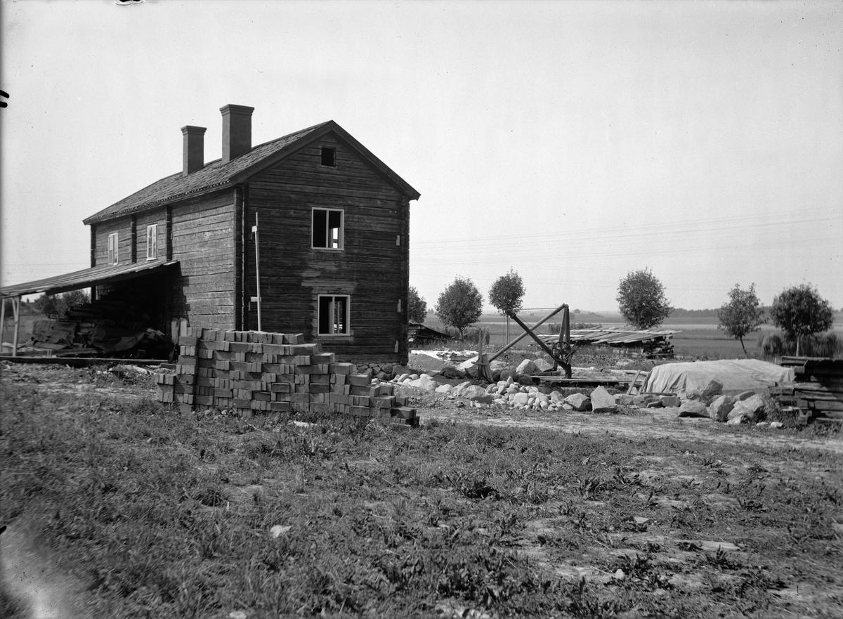 Friluftsmuseet Disagården, Gamla Uppsala under återuppförande år 1930