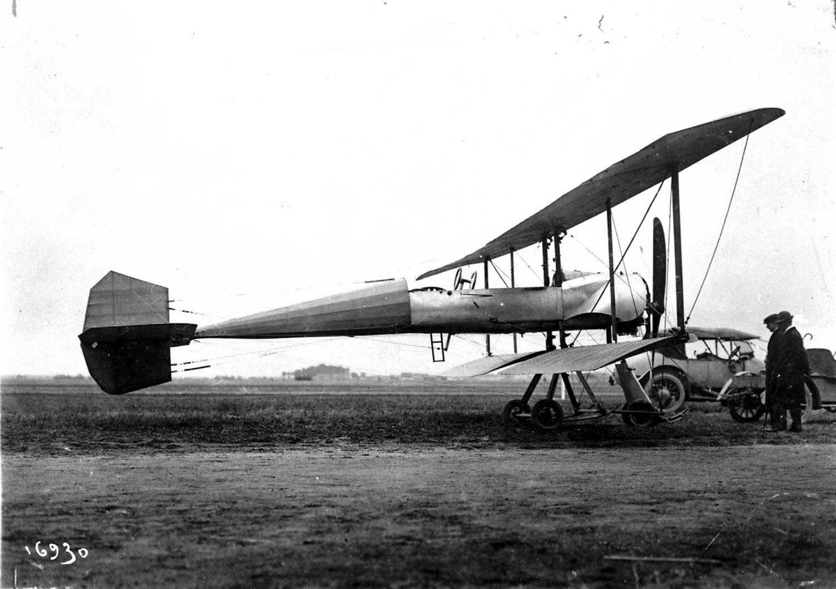 Ett fly på bakken, Breguet R.1.