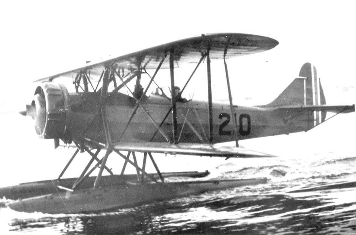 Ett fly i sakte fart på vannet, Breda Ba.28.