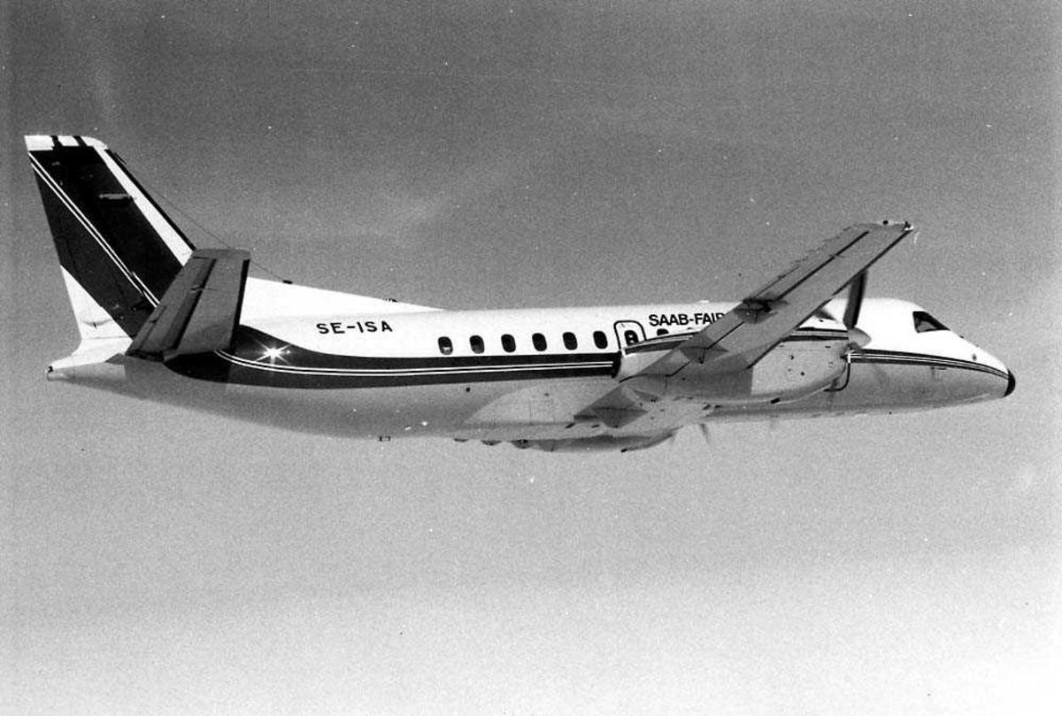 Luftfoto. Ett fly i luften, Saab-Fairchild 340 SE-ISA (protoype).