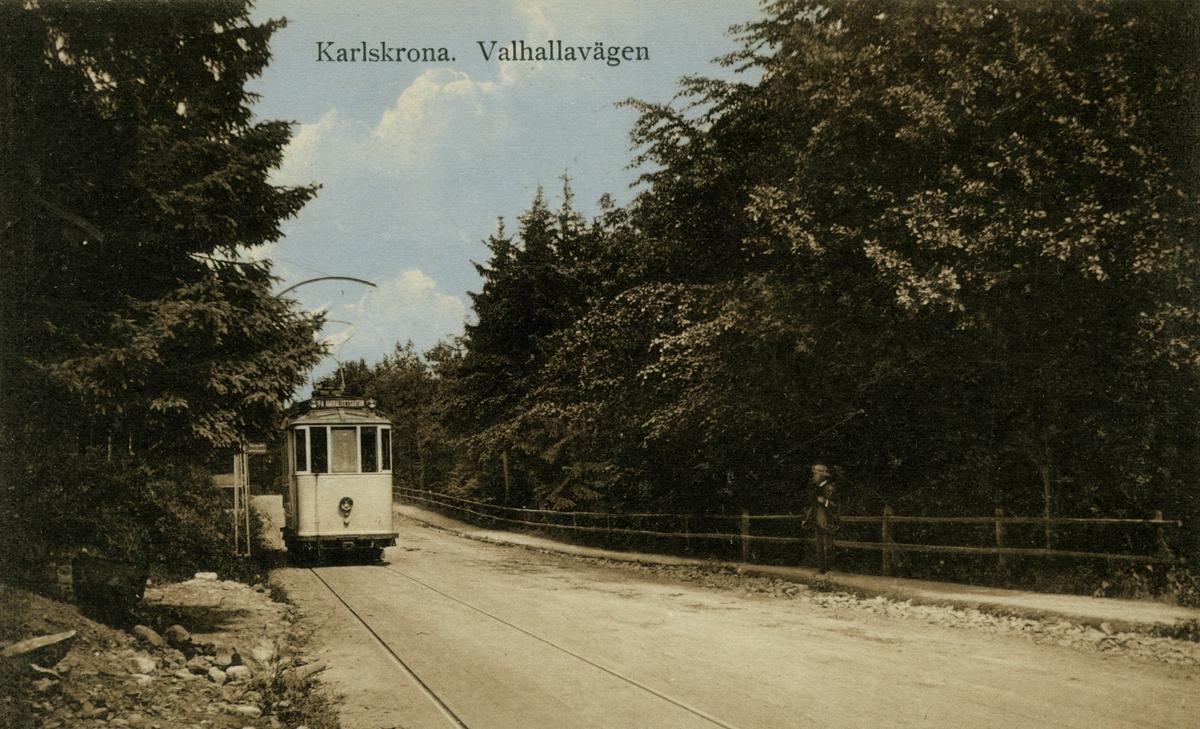 Karlskrona - Valhallavägen, vykort.