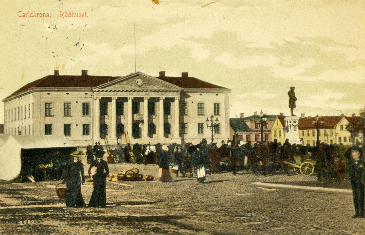Övrigt: Carlskrona rådhuset marknad på stortorget i Karlskrona