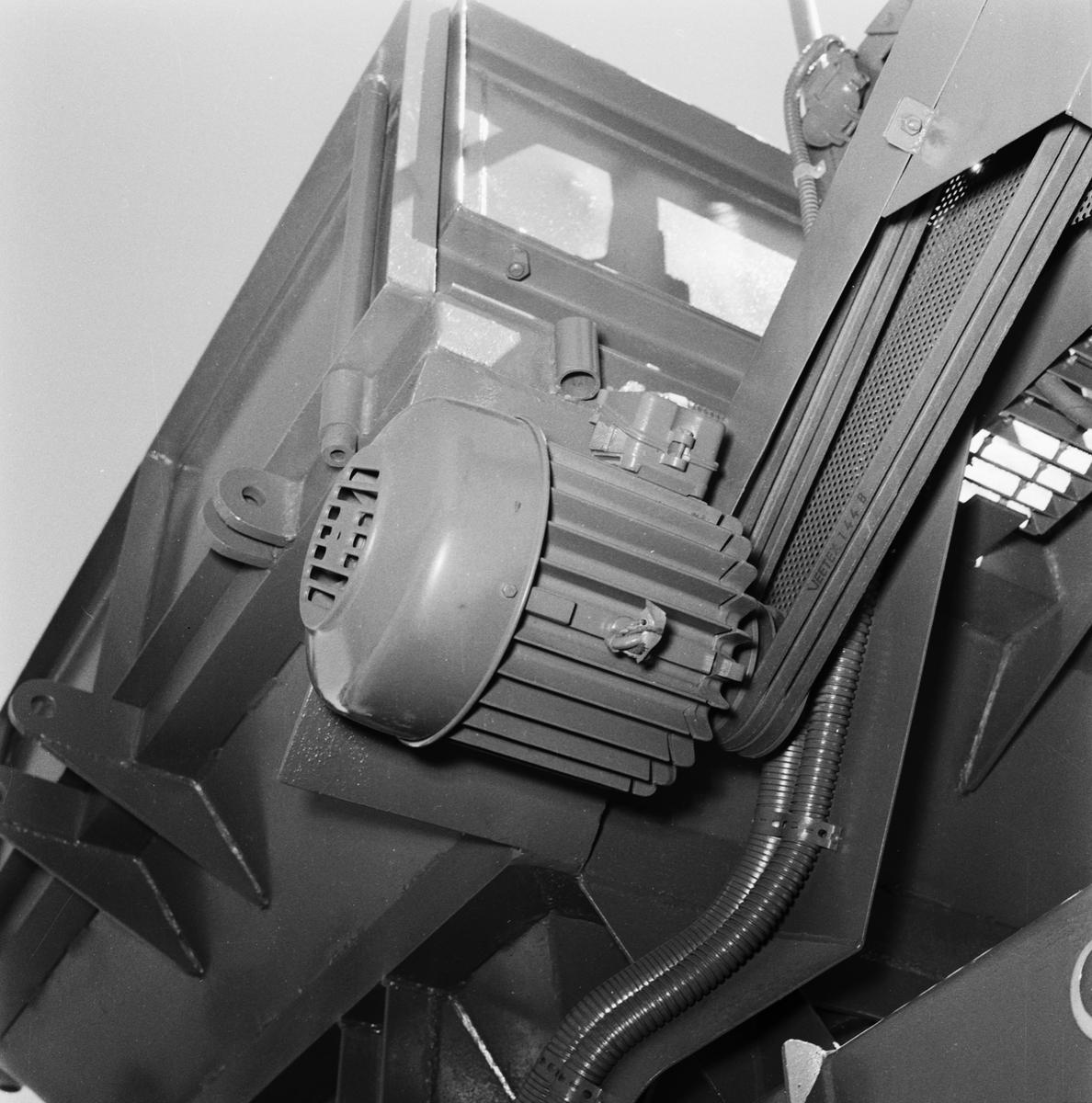 Övrigt: Foto datum: 16/6 1959 Byggnader och kranar El installation i sorteringsverk