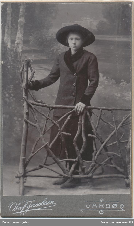 Portrett, Margit Moen
