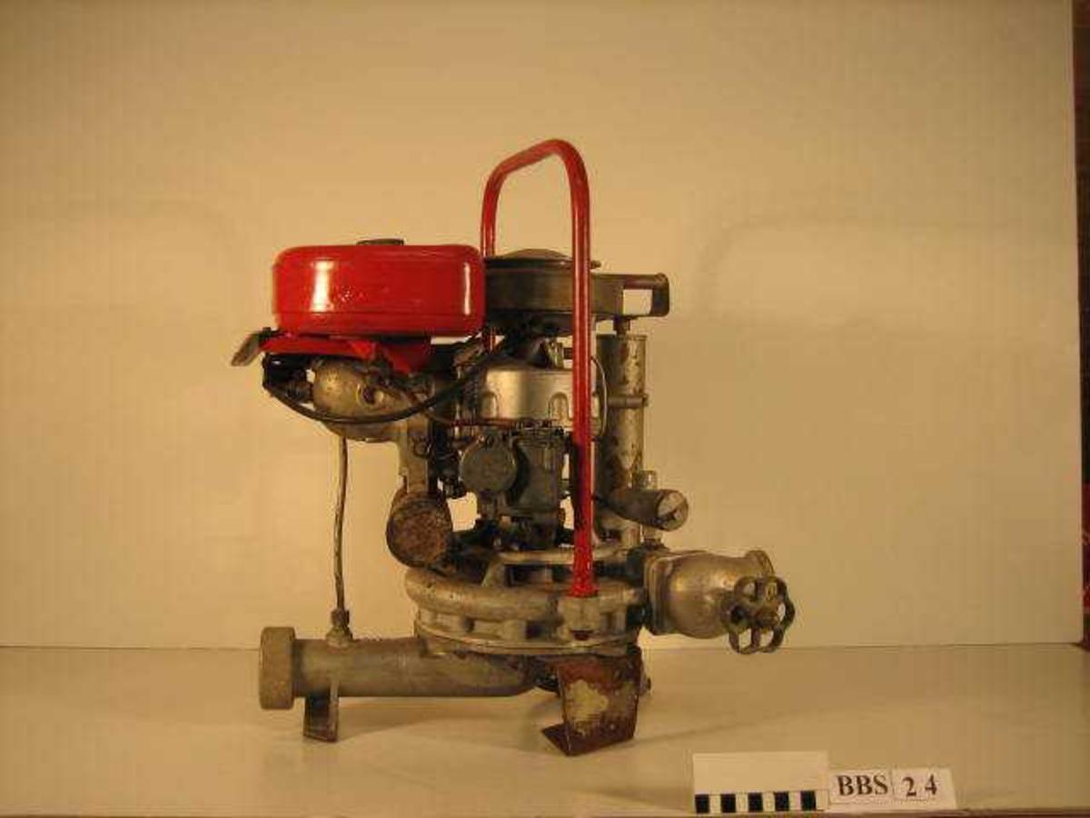 Sentrifugalpumpe med en sylinder, to takts motor.