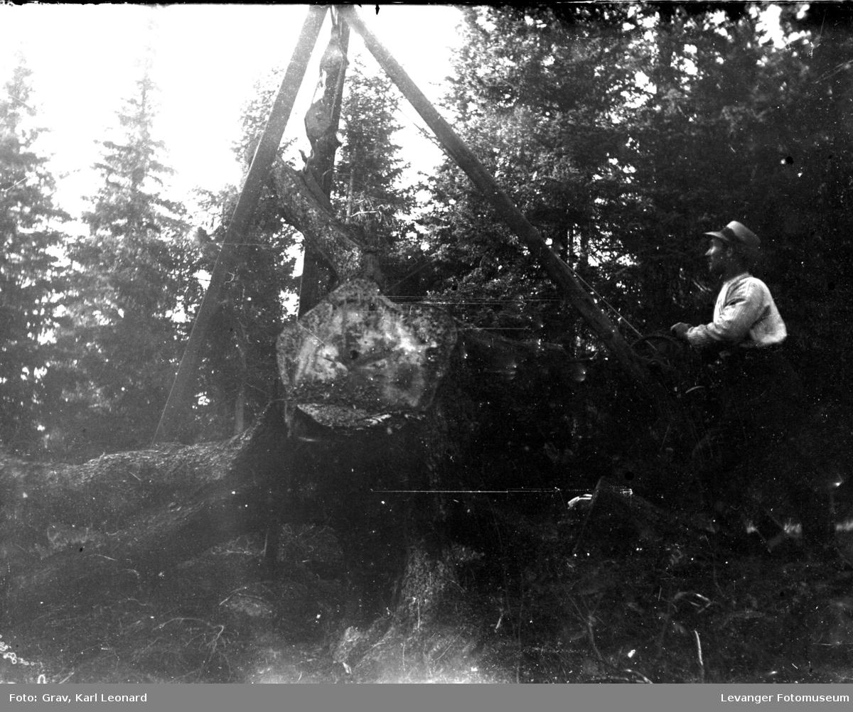 Maskiner, mann med stubbebryter