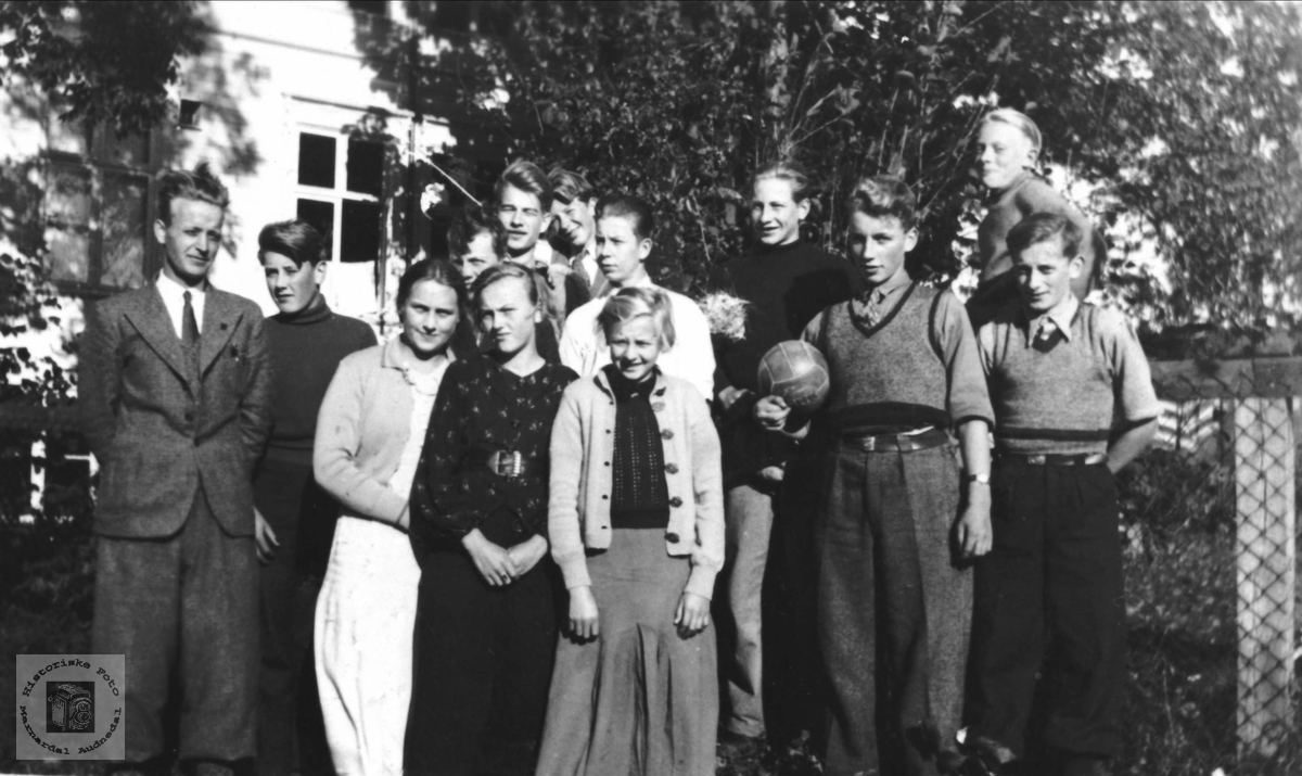 Framhaldskole, 1937 ?