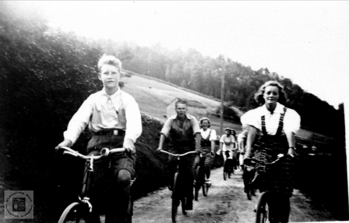 Sykkeltur under krigen