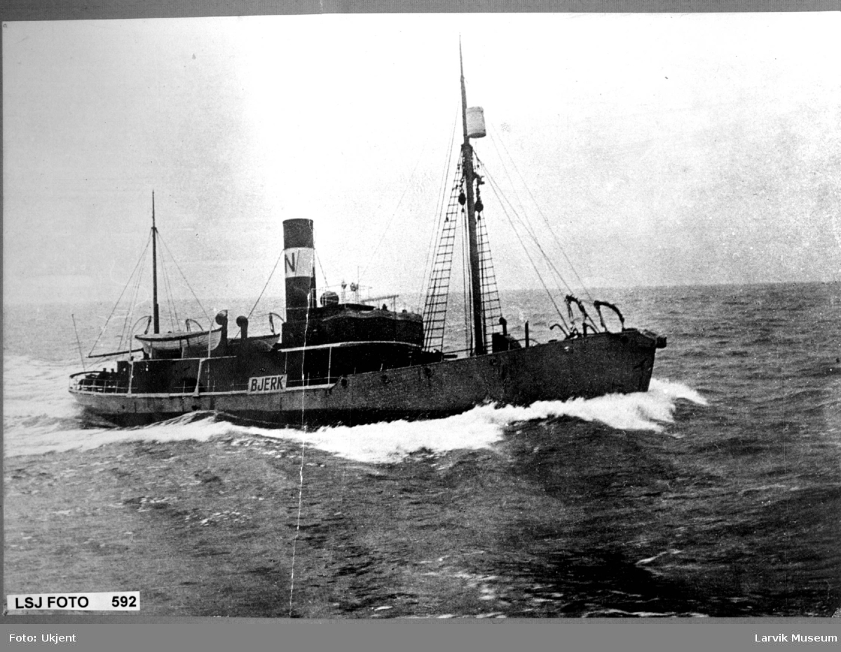 "fartøy, dampbåt, hvalbåt ""Bjerk"""