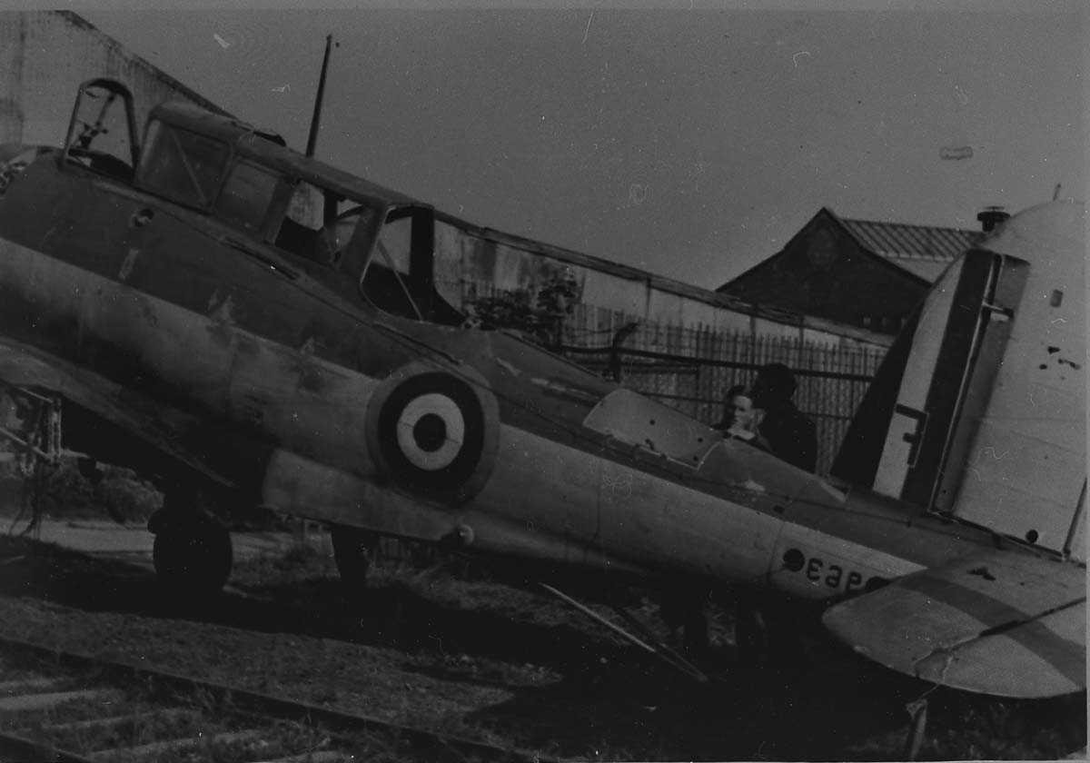 Ett fly på bakken, Blackburn Skua 7F L2963 fra 803 Sqdn