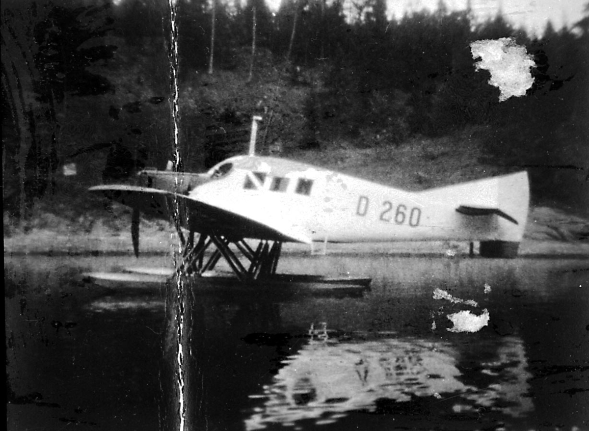 1 fly i vannkanten, Junker F13w, N.44 LN-ABH, fra Carl Julianus Holm.