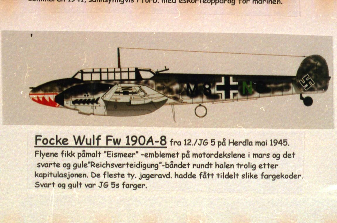 Tegning - skisse av 1 fly, Messerschmitt-110