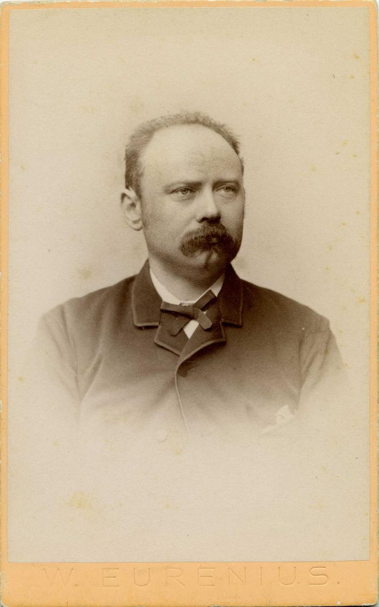 Portrett -Alexander Olsen. 30/12 1850 - 13/9 1897.