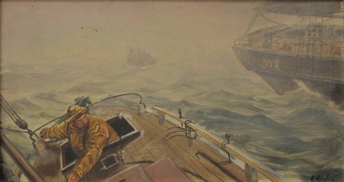 I forgr. bakre del av dekk på losskøyte, los i gul oljehyre til rors, i ferd med å gå over stag, opprørt sjø og tåke. Akterenden av ei seilskute til høyre i bildet.