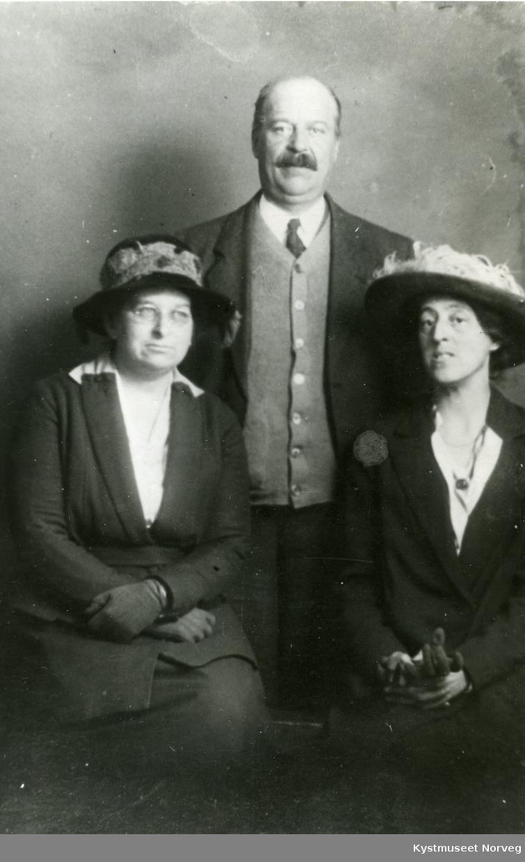 Ermin Armistead, broren Max med kona Adelin Armistead