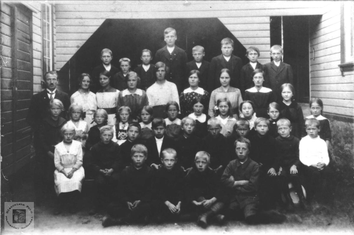 Øyslebø skole