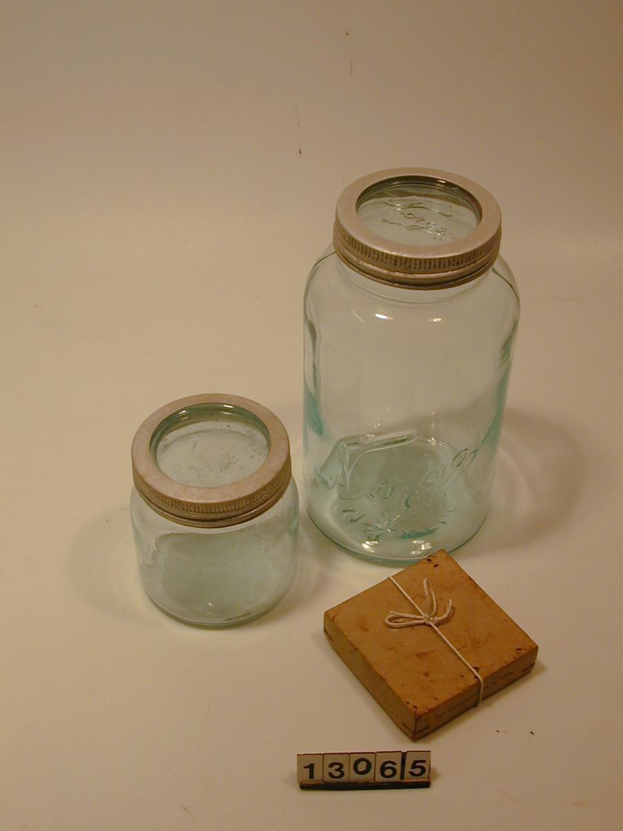 Norgesglass med lokk.