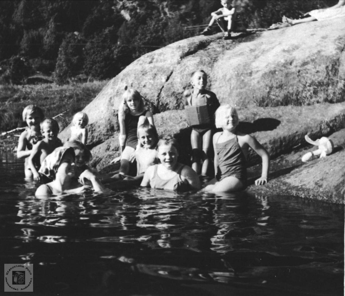 Badeliv Hakleiv, Uslands badeplass.
