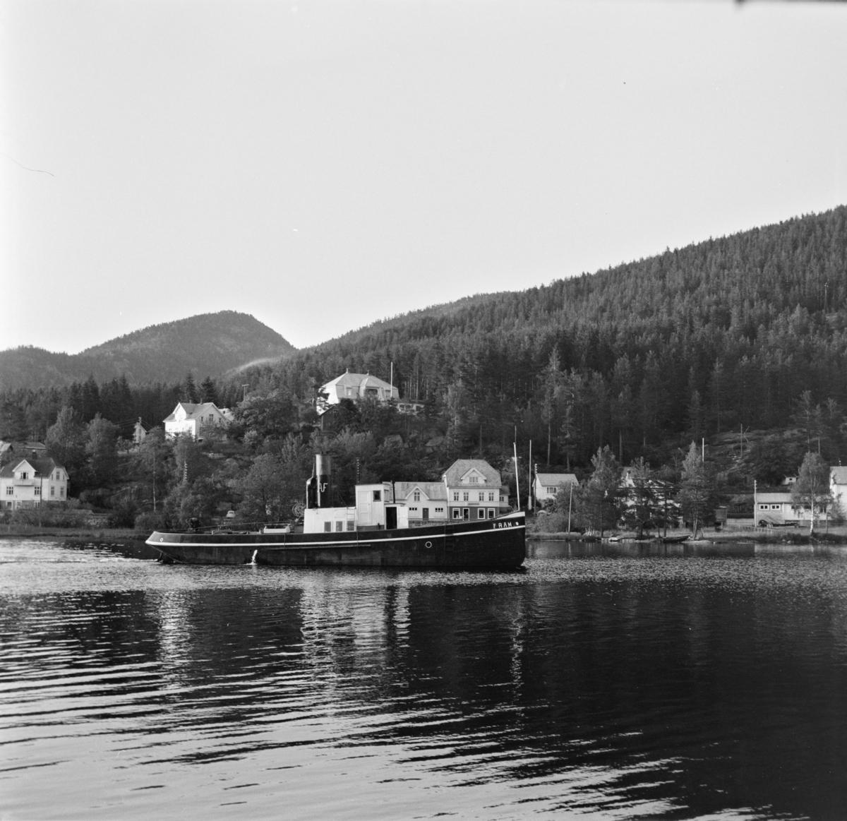 Slepebåten Fram på Nisservann.