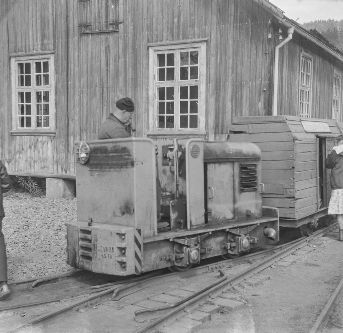 Diesellokomotiv bygget av Levahn for Sølvgruvetoget på Kongsberg.