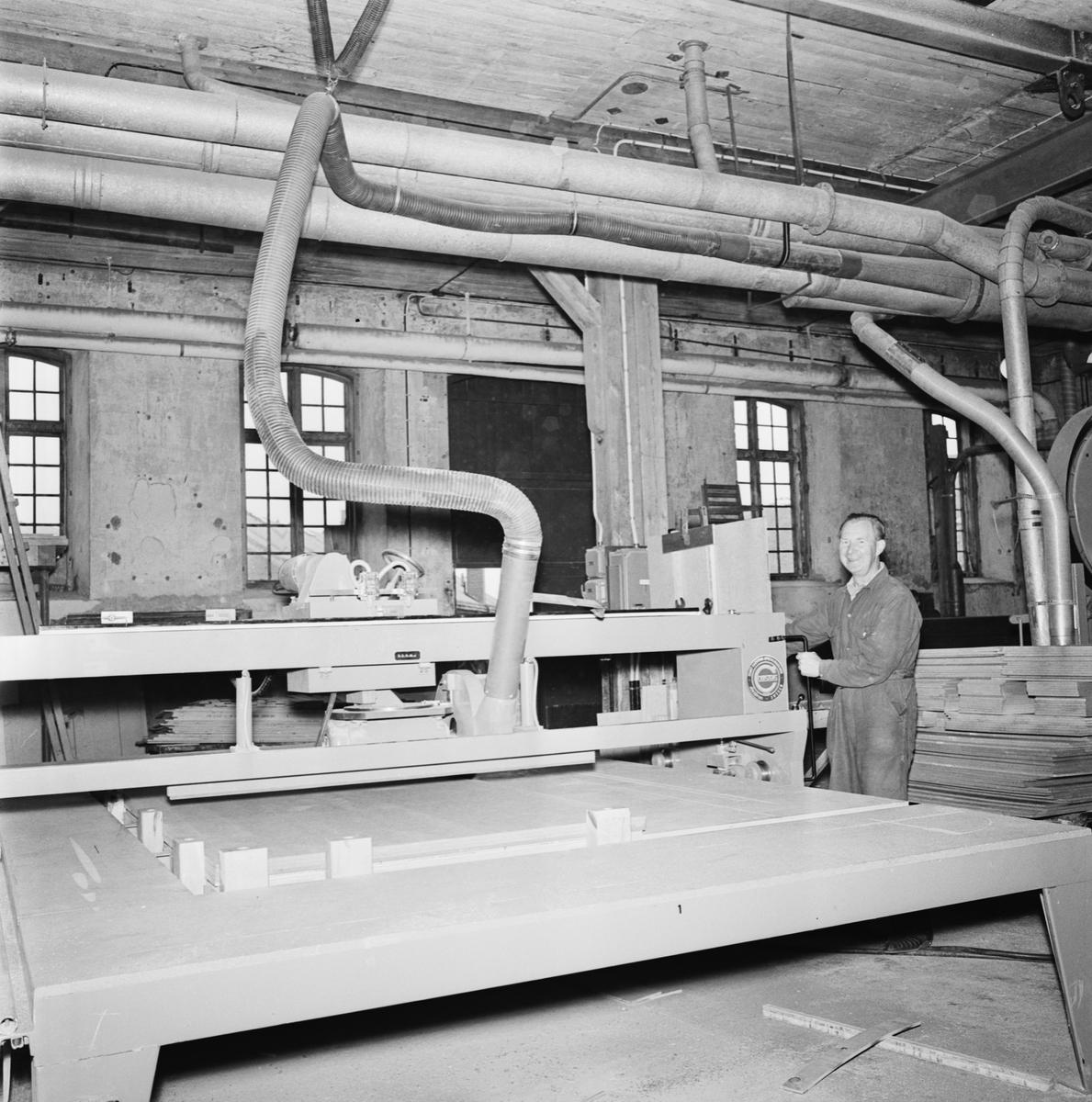 Övrigt: Foto datum: 21/9 1965 Byggnader och kranar Provelement