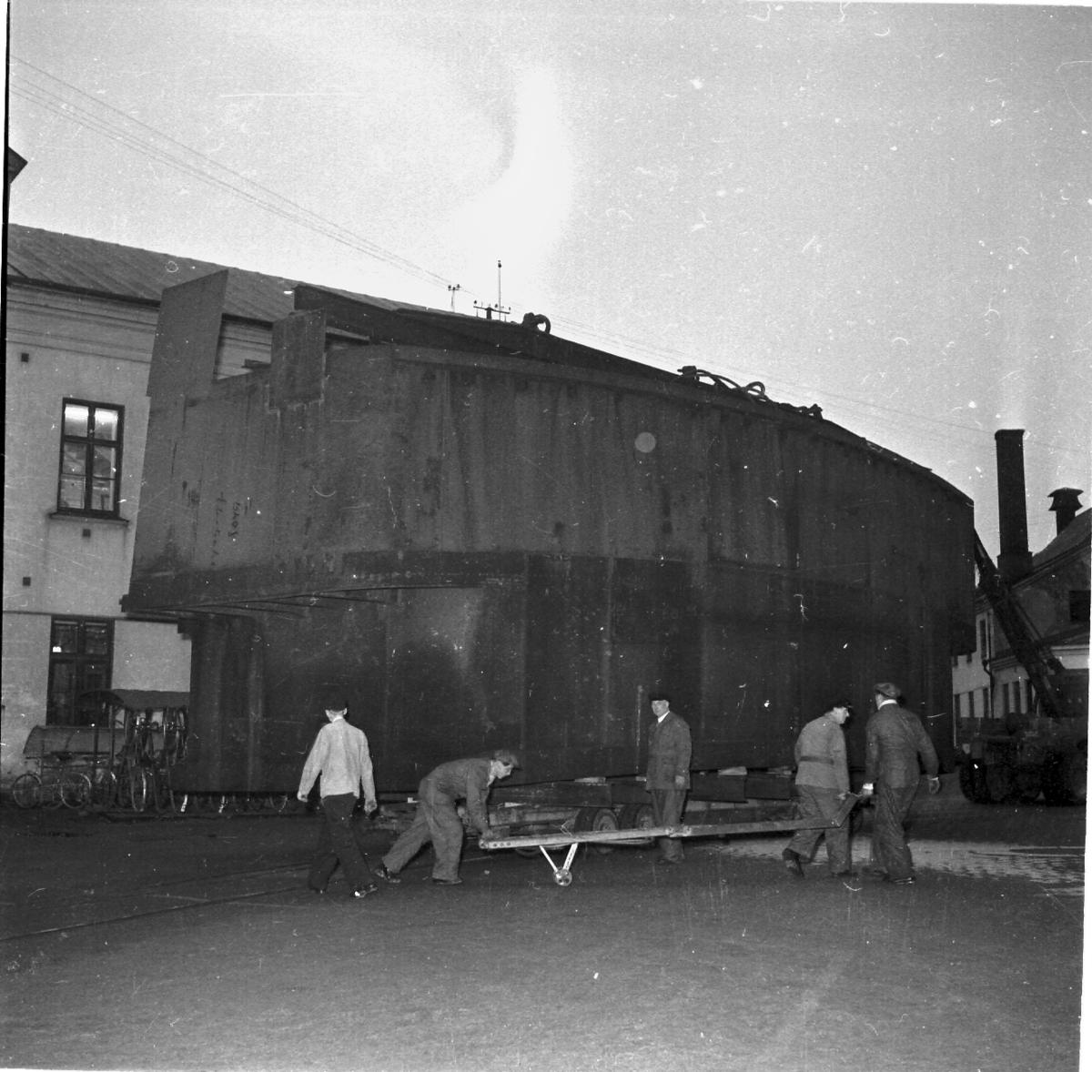 Fartyg: THULE                           Övrigt: Isbrytaren Thule, transport av däckhus.