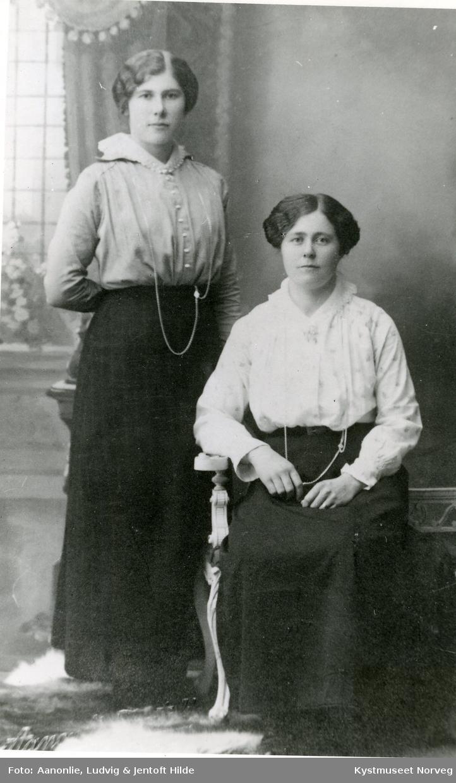 Kaspara Emelie Horven og Olga Lauten