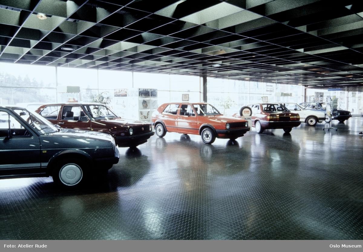 Harald A. Møller Auto a.s., bilfirma, interiør, biler