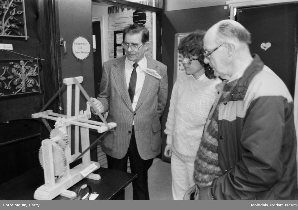 Kulturdagarna på Almåsgården i Lindome, år 1985.  För mer information om bilden se under tilläggsinformation.