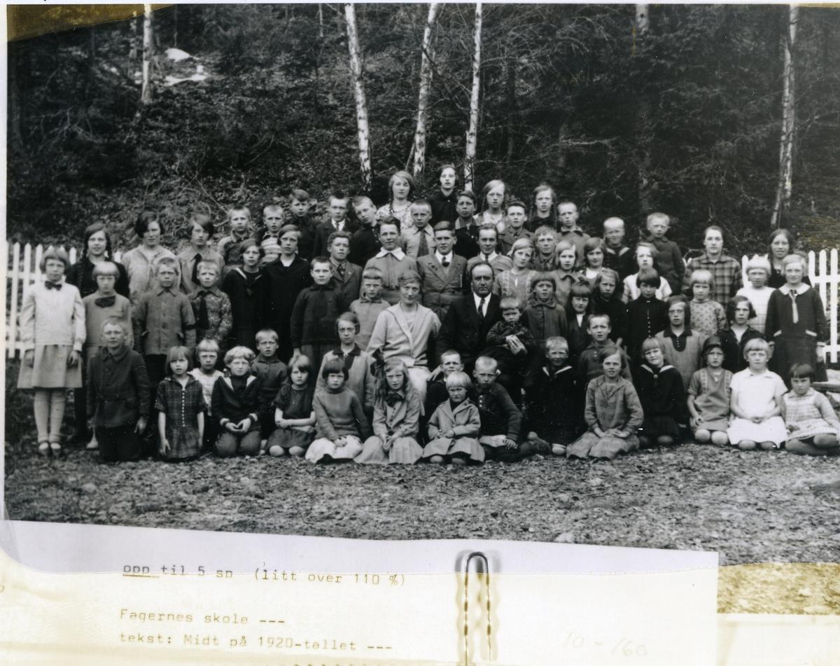Elevar og lærarar ved Fagernes skule