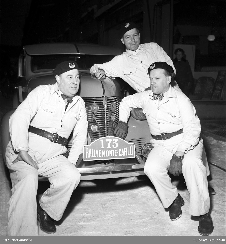 Sundsvalls eget Monte Carlo-ekipage på väg.