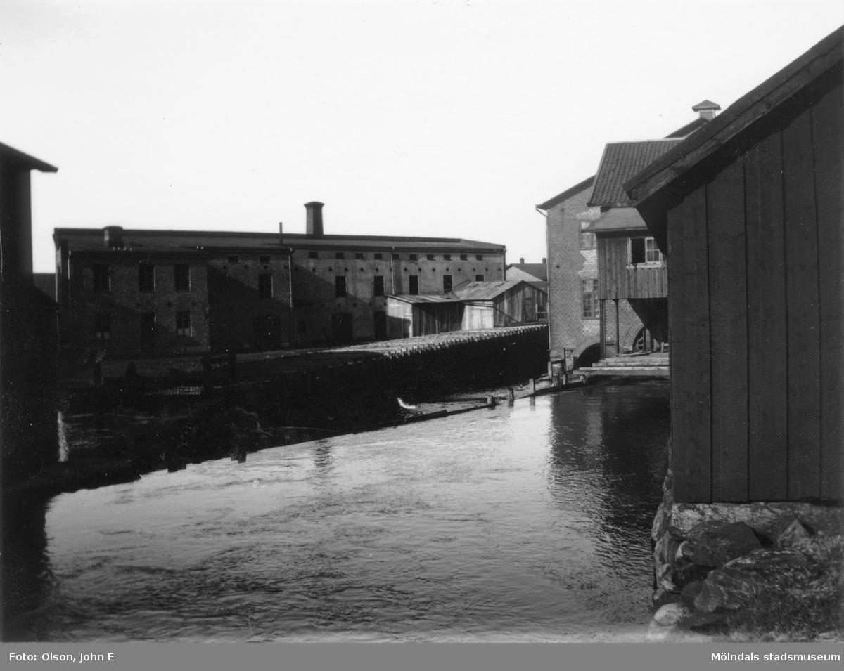 Kvarnrännan i Mölndalsfallen år 1899.