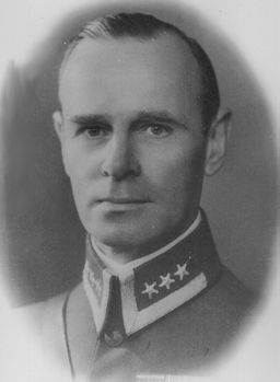 Forsvarsminister Birger Ljungberg.