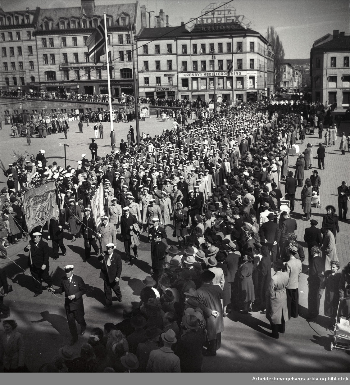 1. mai 1949, Youngstorget.