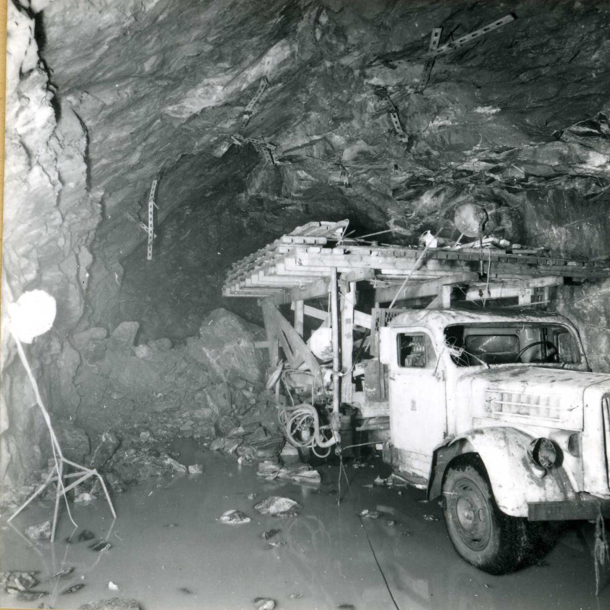 534-6 Lastebil i u-tunnel