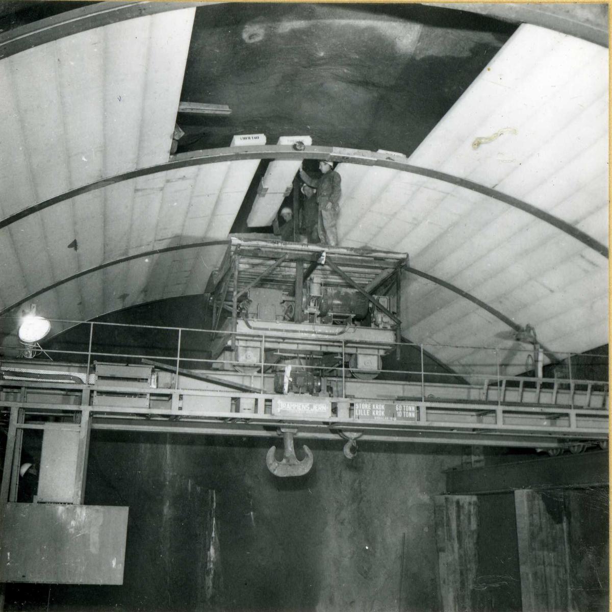 747-4 Montering av takplater Byrte