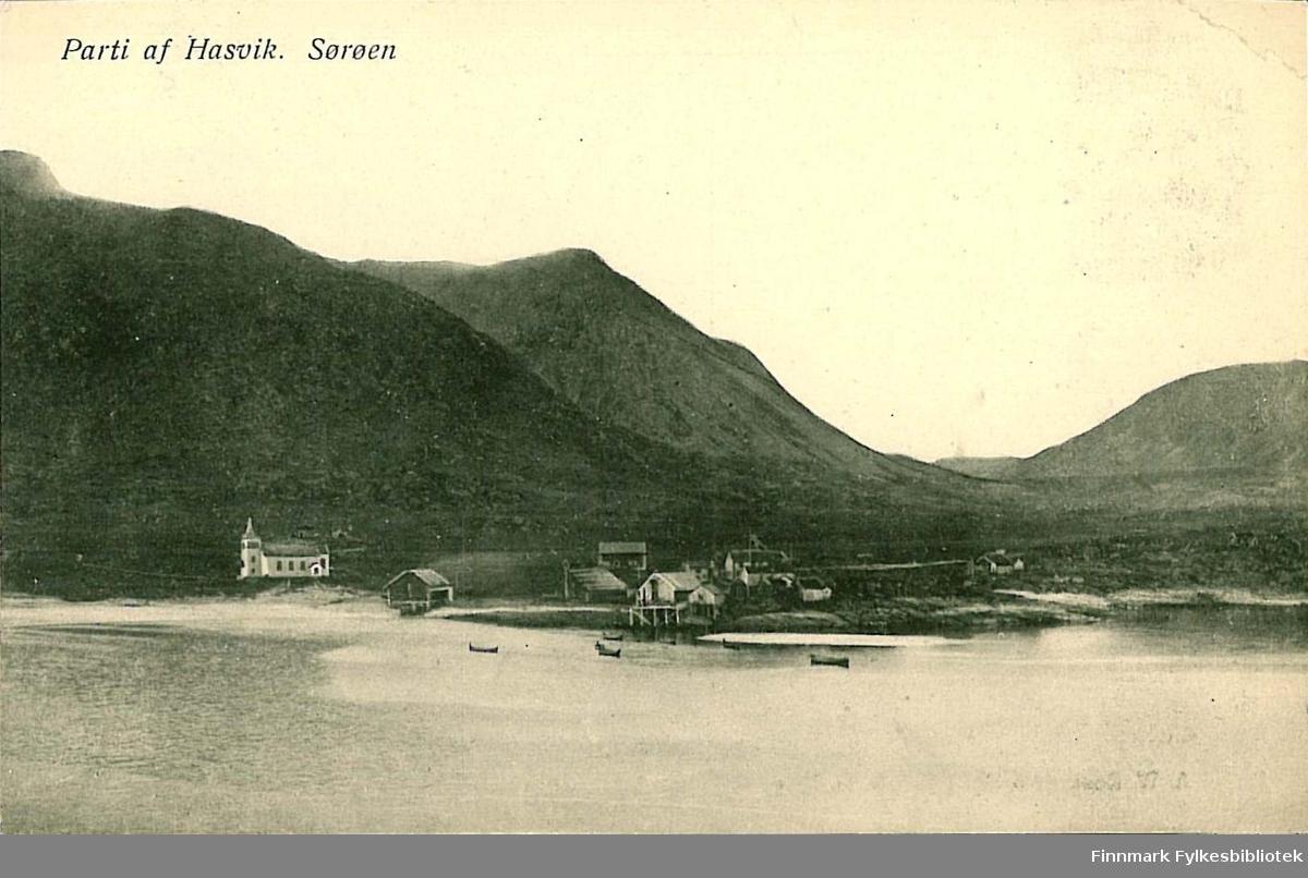 Postkort med motiv av Hasvik på Sørøya. Kortet har ingen tekst eller poststempel. Kortet er nok fra 1905-1915.
