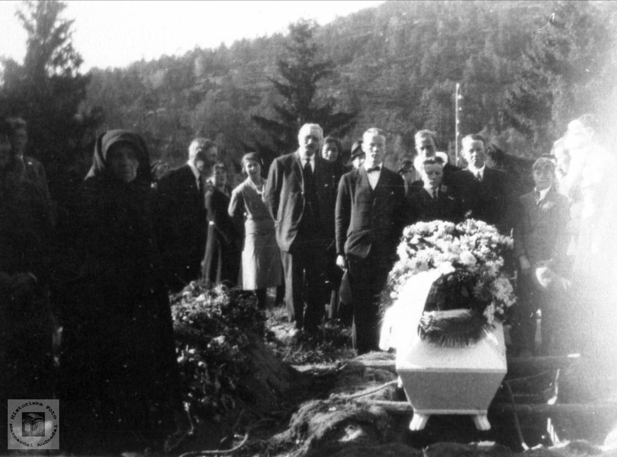 Torkel Johnson Hjemlestad`s begravelse
