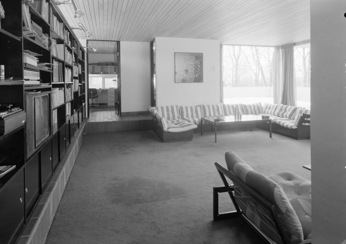 Arkitekturfoto av Villa Meieran på Borgen i Oslo. Ferdigstilt i 1973 .