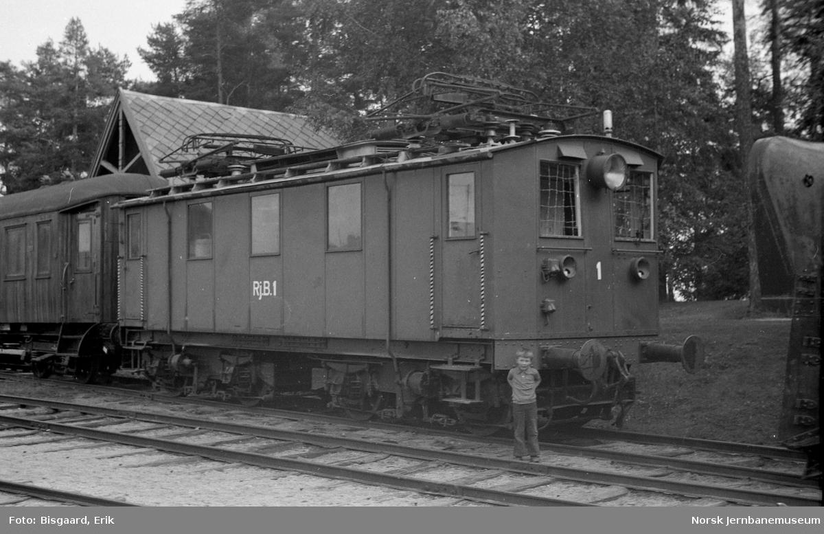 Rjukanbanens elektriske lokomotiv nr. 1 på Jernbanemuseet