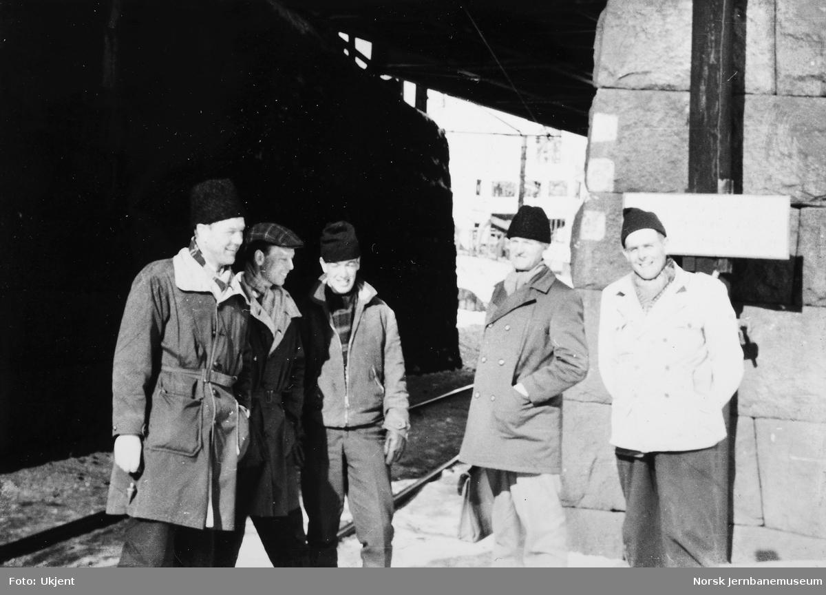 Personalet på banemesterkontoret, Lillestrøm, vinteren 1962 - gruppebilde