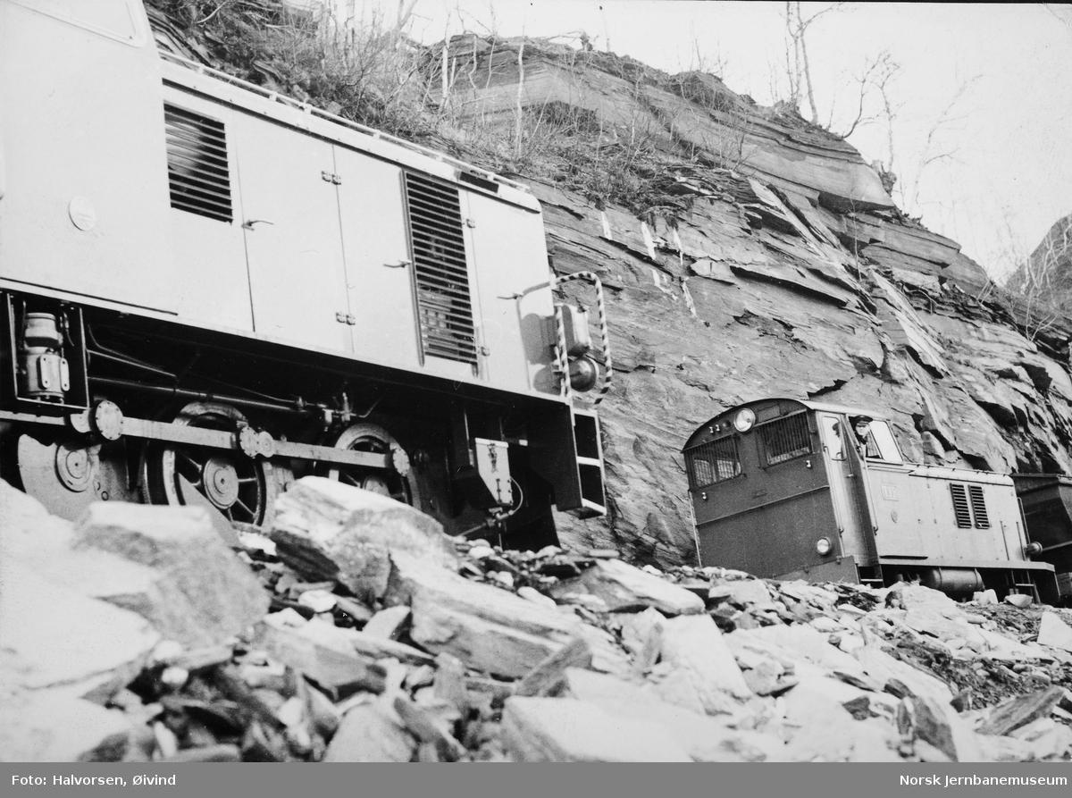 """Lokomotivet """"Saulo"""" fra Levahn ved idriftsettelsen på Sulitjelmabanen - """"Tyr"""" i bakgrunnen"""