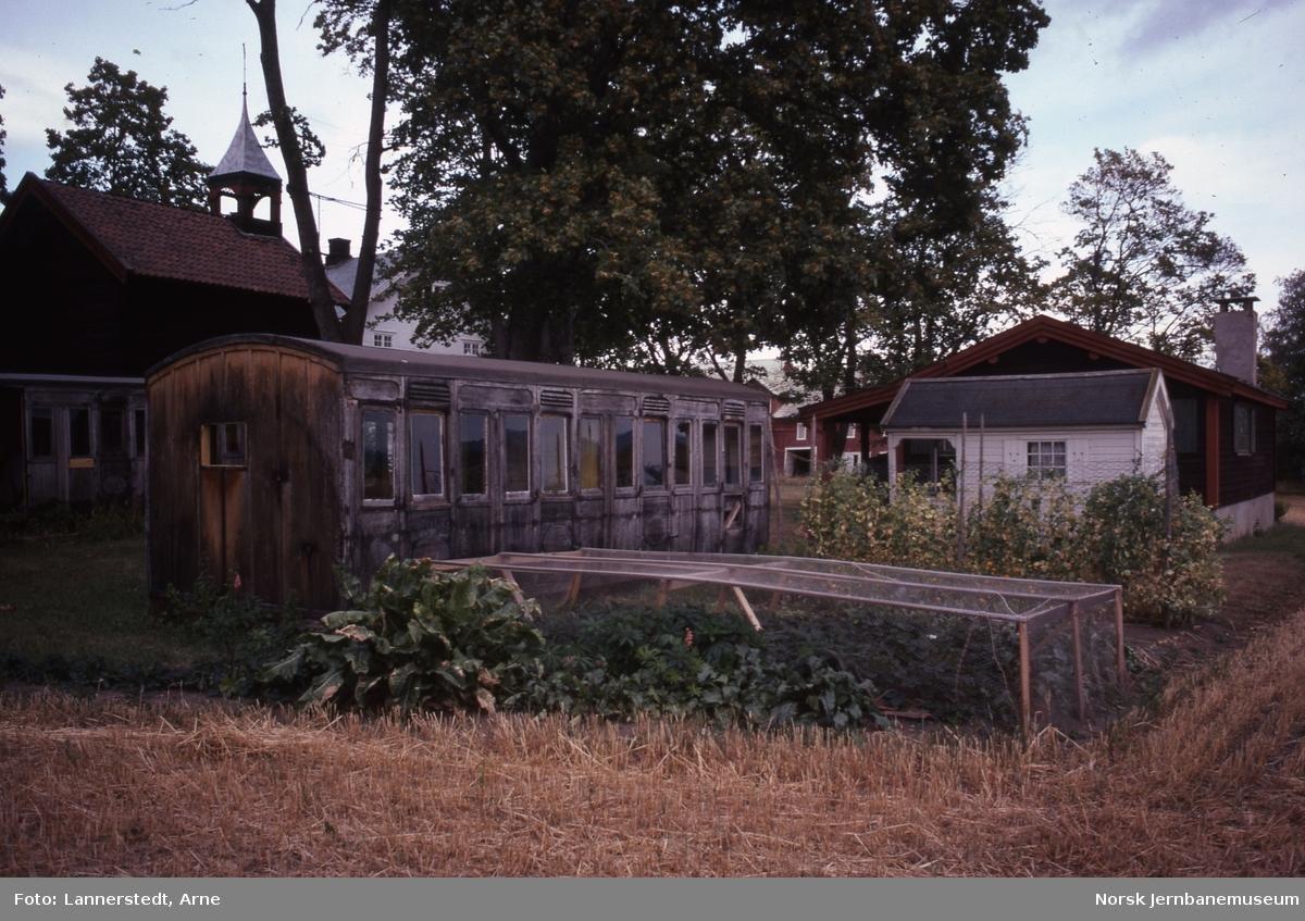 Karetvogner på gårdsbruk i Løten