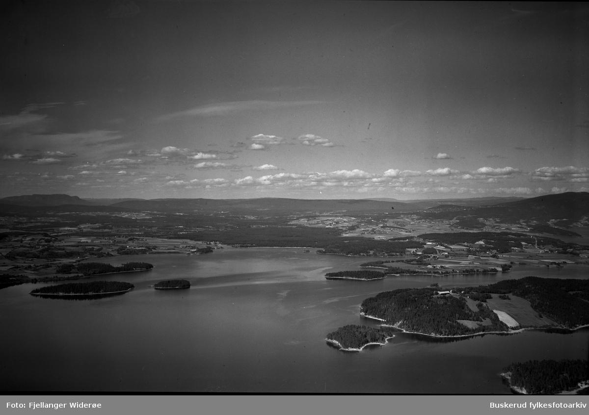 Røyse, Sælabånn, Rytterager, mot Sundøya, Storøya, Svartøyene, Tyrifjorden 1950