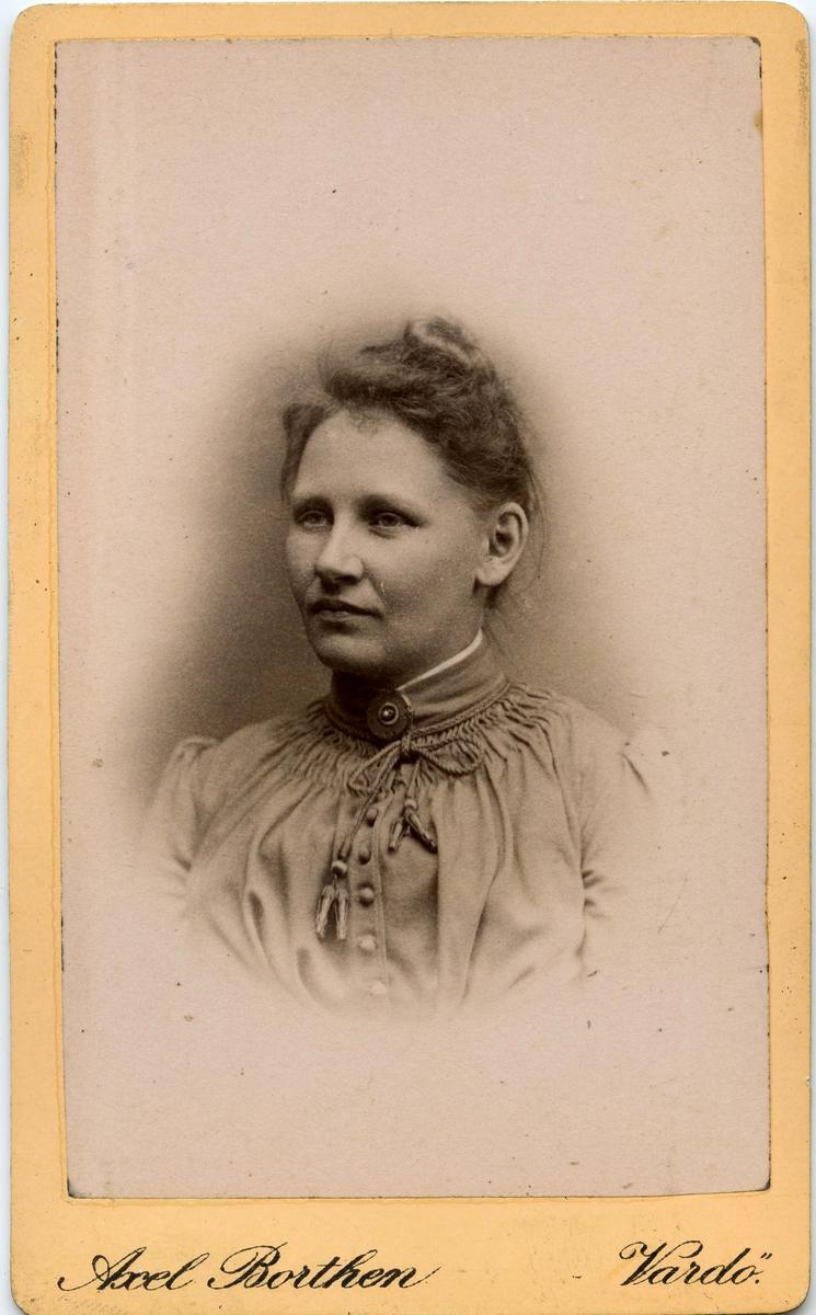 Magna Fernanda Brodtkorb. Bildet trolig tatt ca. 1880-1900.